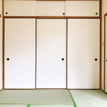 【和室】押入れもたっぷりサイズ。