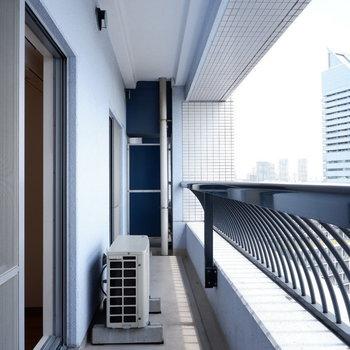 バルコニーでの一時が最高の時間に♪※写真は14階の同間取り別部屋のものです