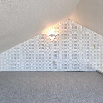 広々ロフトは寝室スペース兼趣味空間にもってこい◎(※写真は3階の反転間取り別部屋のものです)