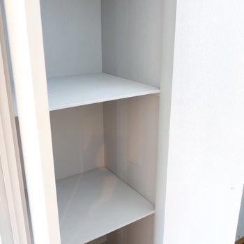 そのお隣の収納には生活用品のストックをしまってね(※写真は3階の反転間取り別部屋のものです)