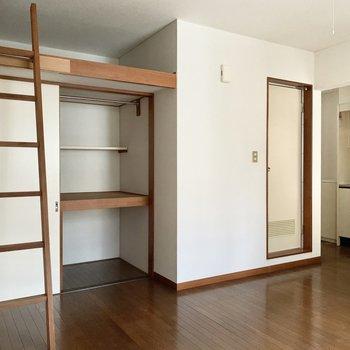 はしごがお部屋の良いアクセントに。
