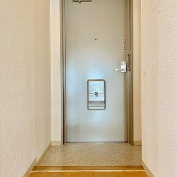 玄関はゆったりサイズ