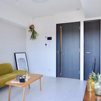 室内物干しも対応できます※家具はサンプルです