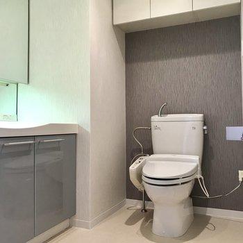 トイレもこちらに