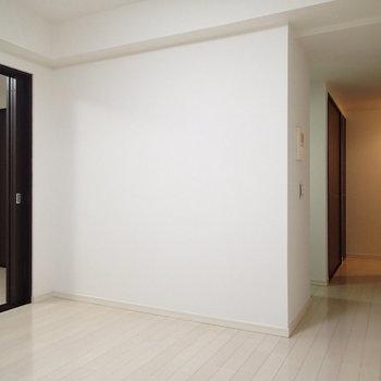 右奥が玄関です※写真は前回募集時のものです