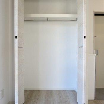 一人暮らしならちょうどいいかな※写真は2階の同間取り別部屋のものです