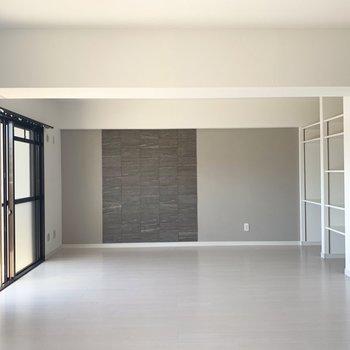 モノトーンな雰囲気で家具も合わせやすい◎