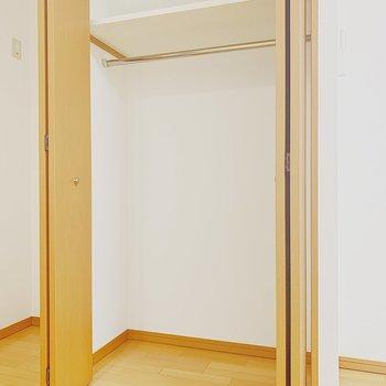 収納スペースも充実。※写真は6階の反転間取り別部屋のものです
