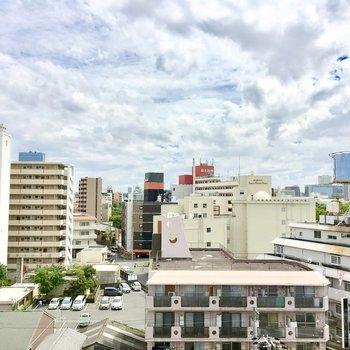 小さくですが大阪城も見えます♪