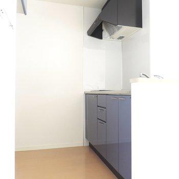 作業スペースも十分※写真は8階の似た間取り別部屋のものです