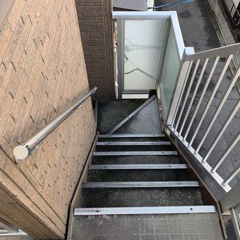 階段で3階まで、毎日の運動に◎