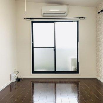 2面射光のお部屋で開放的な生活を。