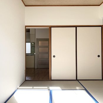 【和6】カラーが素敵な和室です。