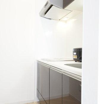 キッチンはIHなので、片付けや掃除が すぐに終わって楽チンです。