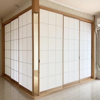 和室は障子で仕切ることも。