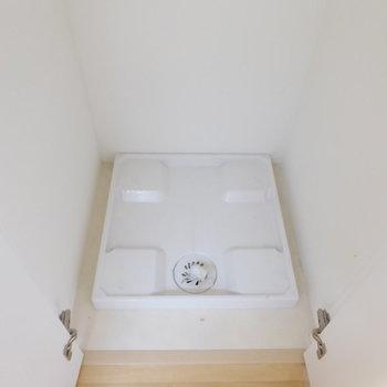 洗濯機は収納扉で隠せますよ!(※写真は10階の同間取り別部屋のものです)