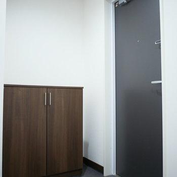 玄関がゆったりしています(※写真は3階の同間取り別部屋のものです)