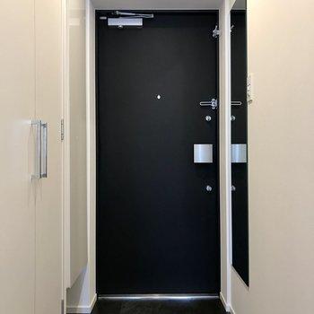 玄関スペースはゆとりが有ります。