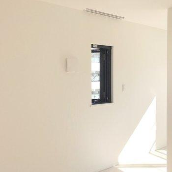 白い壁が、清潔感を感じさせます