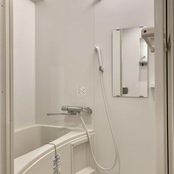 浴室は十分な広さです。