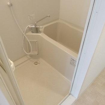 お風呂キレイ!サーモ水栓で使いやすそう!