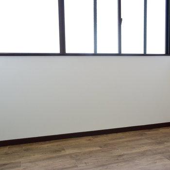 【2階】納戸にも小さな個室にもなりそうなお部屋