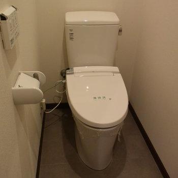 【2階】なんと2階にもトイレが!