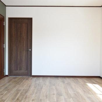 【2階・洋室③】約10帖の洋室