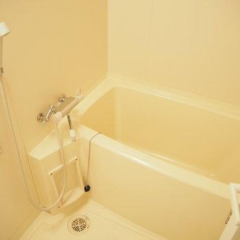 浴室はシンプルに白で!