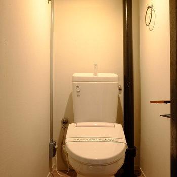 トイレの雰囲気もお部屋と統一