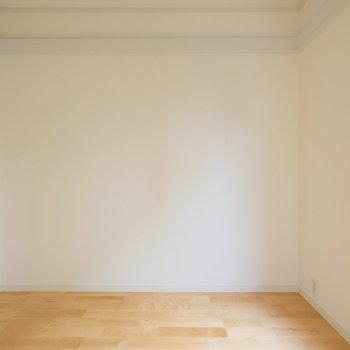 引き戸で仕切られた居室