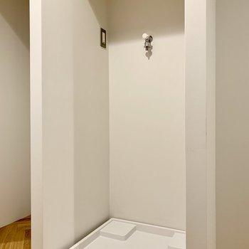 こちらは、洗濯機置き場です。