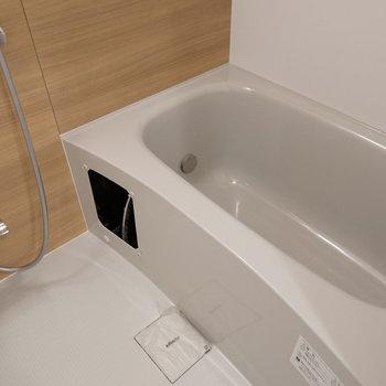 お風呂も新しく交換してます!※写真は前回募集時のものです