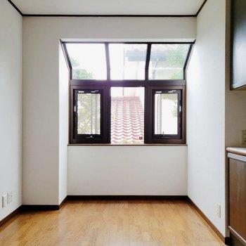 【LDK】窓から入る光が優しい※写真は前回募集時のものです