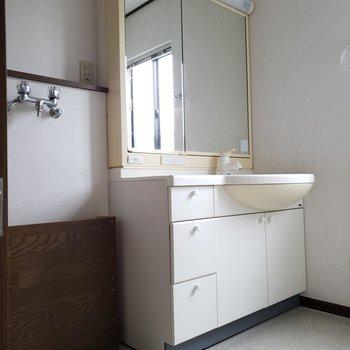 洗濯機置き場は2階です※写真は前回募集時のものです