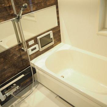 お風呂はワクワクするこの設備