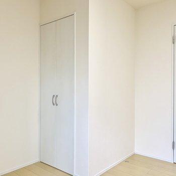 そしてこちらの扉の中は…