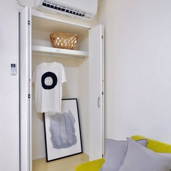 収納前のソファの位置にベッドを置くことも可能そうです。