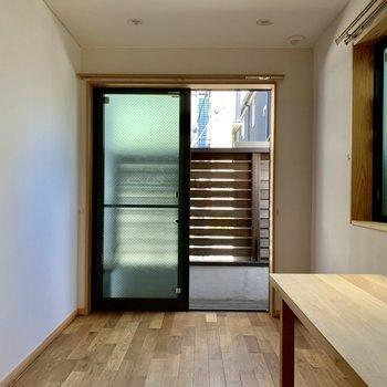 水回りのまとまったお部屋は風通し良く。