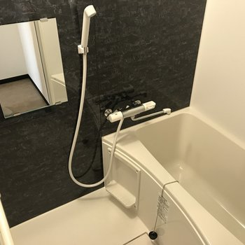 浴室は広々浴槽付き◎