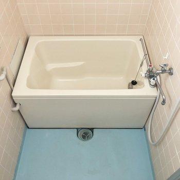 浴槽もゆとりがあります。