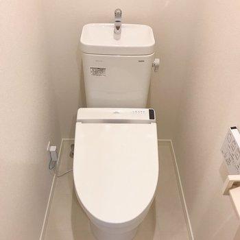 嬉しい温水洗浄便座!