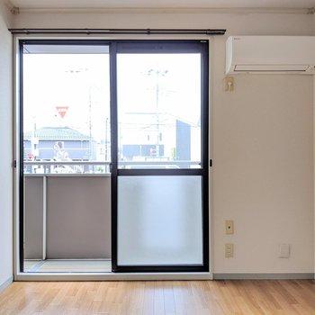【洋室】キッチンのお隣の洋室
