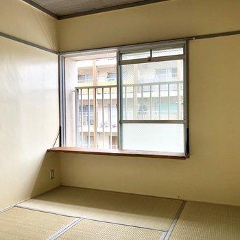 和室は出窓付き!