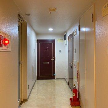 7階の廊下もきれい。