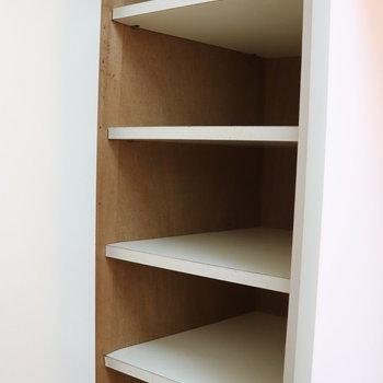 大きめなシューズボックス付き※写真は1階の同間取り別部屋のものです