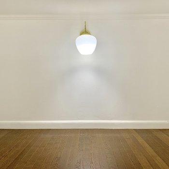 【ロフト】ここのもランプがあります