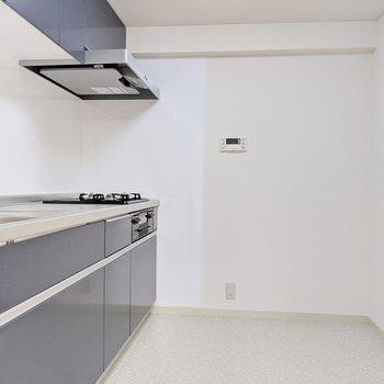 【キッチンスペース】場所を気にせずこだわりのものを置けそうです