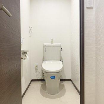 トイレはウォシュレット付いてます