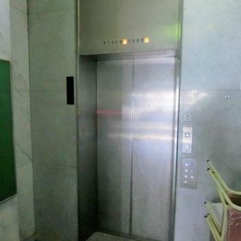 エレベーターからも来れます
